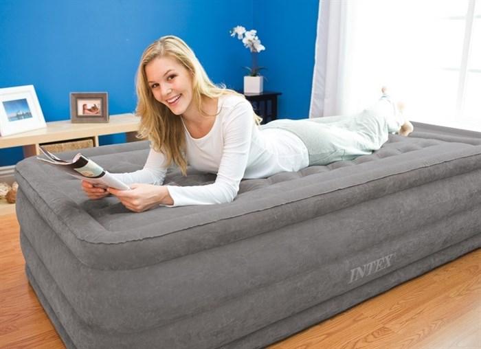 Надувная кровать Intex 67952 односпальная со вст. насосом 220В (99х191х46) - фото 15404