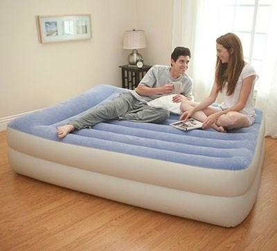 Надувная кровать Intex 67714 двуспальная со встр. насосом 220В (152х203х47) - фото 15546